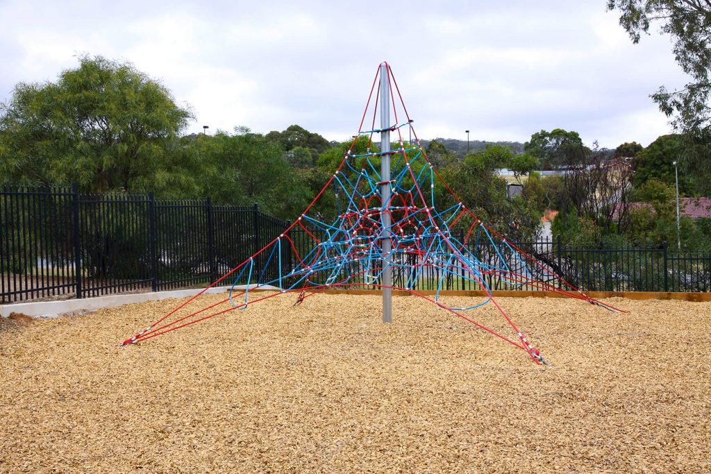 The Benefit of Rope Play & Playgrounds In Schools